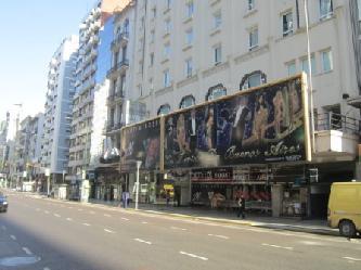 City Tours in Buenos Aires  in deutscher Sprache  Avenida Corrientes die Broadway Strasse von Buenos Aires  Stadtrundfahrt Buenos Aires