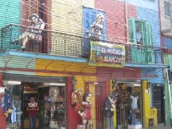Private Stadtrundfahrt durch Buenos Aires in deutscher Sprache. Besuch nach La Bocas tango Ecke und Caminitos Küenstler Strasse  Stadtrundfahrt Buenos Aires